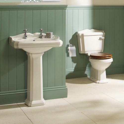 Traditional 4 Piece Bathroom Suite